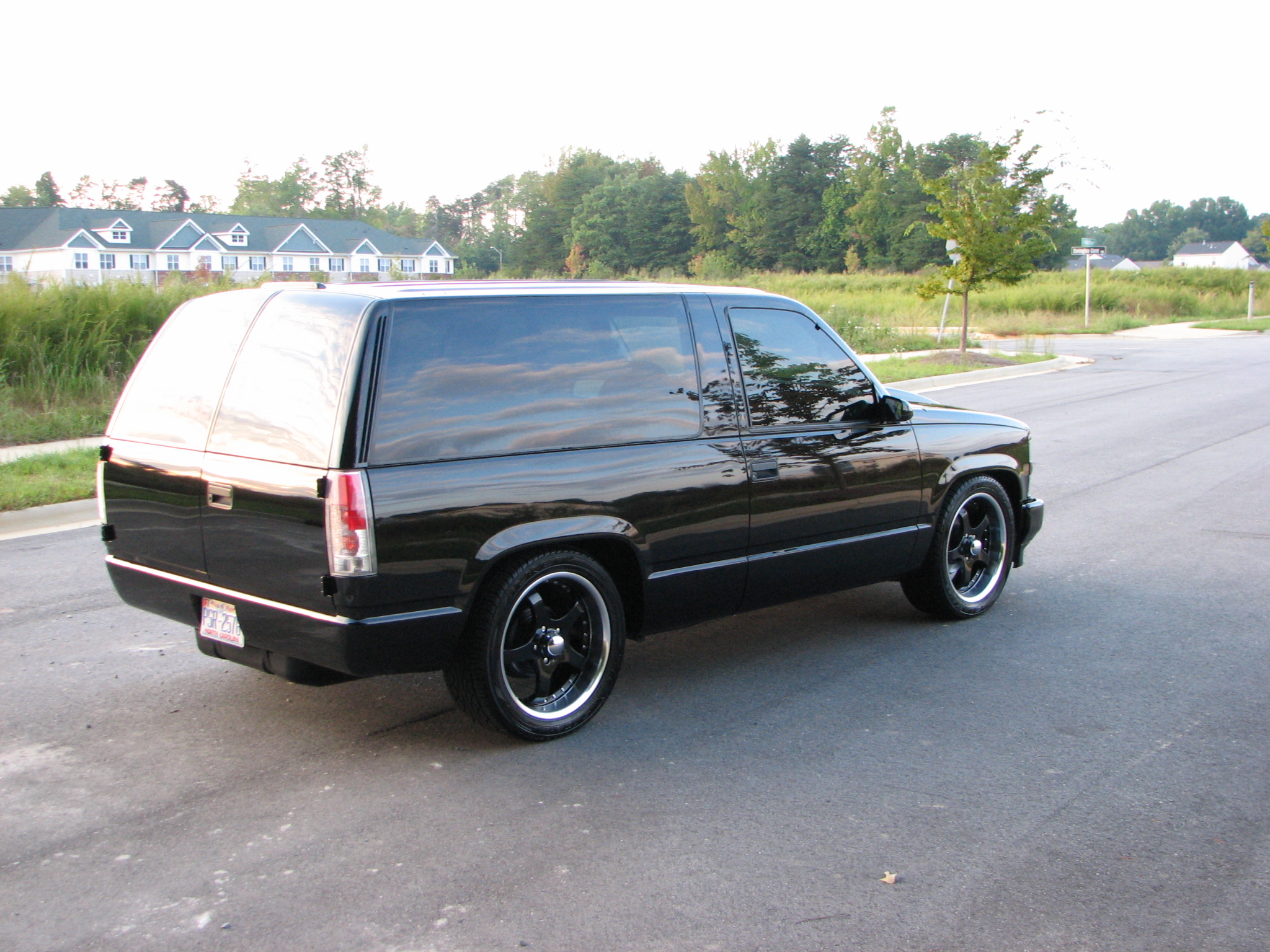 1999 Chevrolet Tahoe 2 Door 2wd Custom Lowered