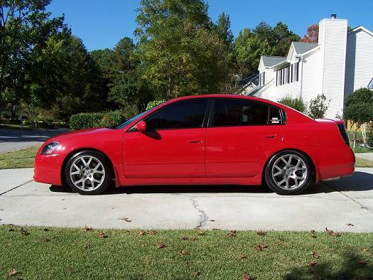 does anyone have a side view pic of an se r altima nissan forums nissan forum. Black Bedroom Furniture Sets. Home Design Ideas