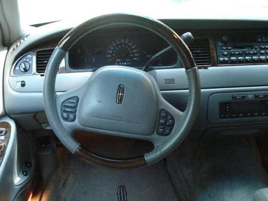 98 02 Town Car Woodgrain Steering Wheel