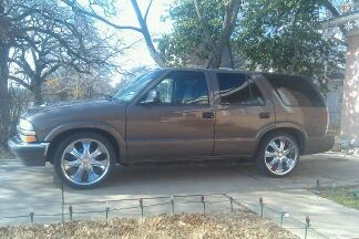 1998 Chevrolet 4door s10 blazer