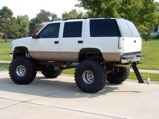 1998 Chevy Tahoe 10 000 100024631 Custom Lifted Truck