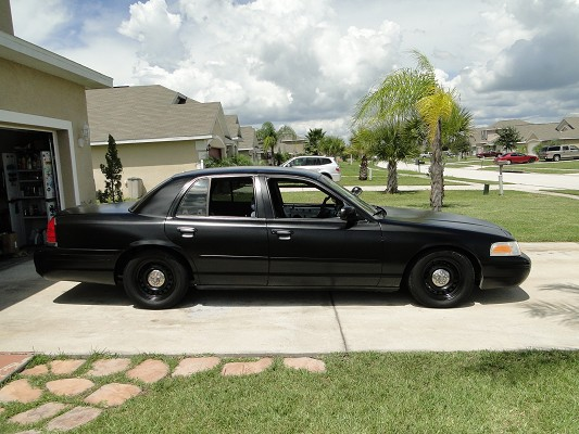 1999 ford crown victoria p71 2 990 possible trade 100513997 custom domestic classifieds domestic sales mautofied com
