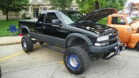 2001 Chevrolet S10 Zr2 10 000 Or Best Offer 100488459