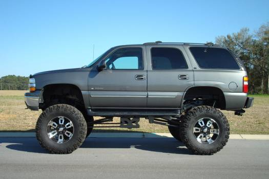 2000 chevrolet tahoe 10 500 100092993 custom lifted truck classifieds lifted truck sales. Black Bedroom Furniture Sets. Home Design Ideas