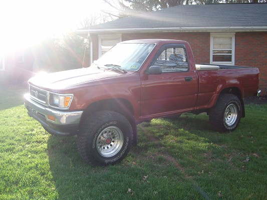 1991 Toyota Toyota 4x4 truck $5,500 or best offer