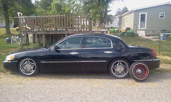 2000 Lincoln Town Car 1 100504415 Custom Low Rider Classifieds
