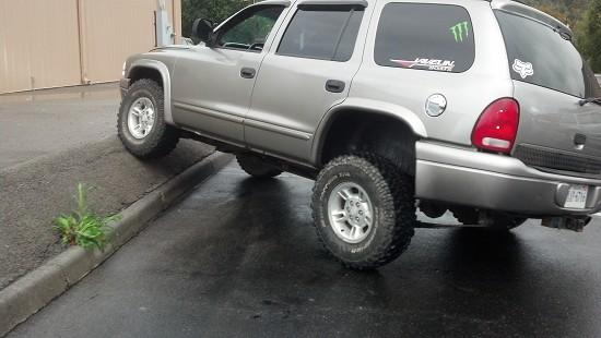 on 2000 Dodge Durango Exhaust System