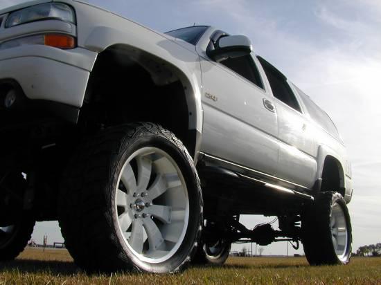 2002 chevy suburban z71 shocks