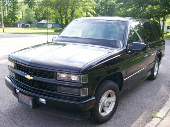 1999 chevrolet tahoe limited 7 000 100107919 custom. Black Bedroom Furniture Sets. Home Design Ideas