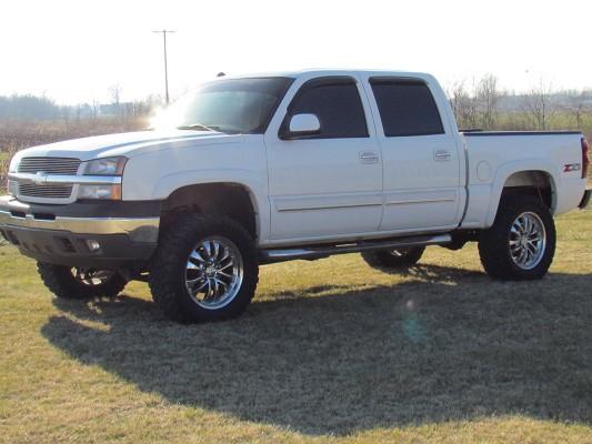 2005 Chevrolet 1500 12 000 100551611 Custom Lifted
