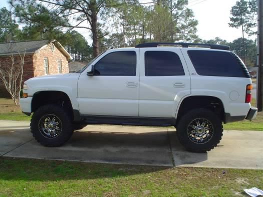 2003 Chevrolet Z71 Tahoe $26,000 Or best offer - 100046970 | Custom Lifted Truck Classifieds
