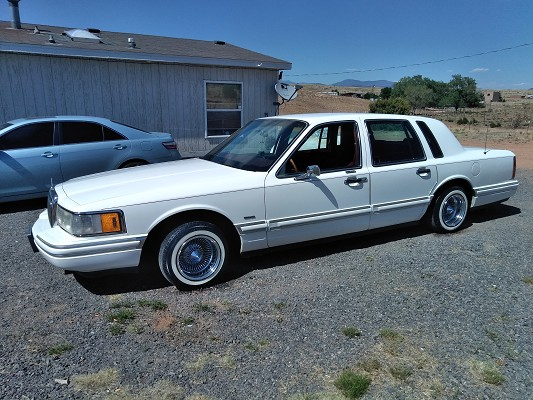 1994 Lincoln Town Car 4 000 Possible Trade 100702469 Custom Low