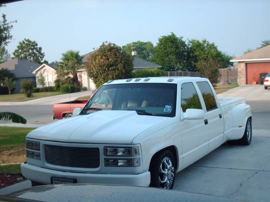 1996 GMC 3500 CREW CAB DUALLY $9,400 or best offer