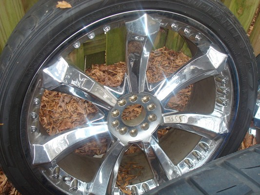 24 Inch Rims With Tires For Sale 800 Or Best Offer 100365585