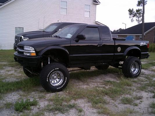 2000 Chevrolet S10 6 000 Or Best Offer 100278225