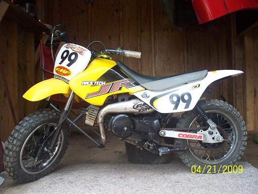 Suzuki Jr Tires