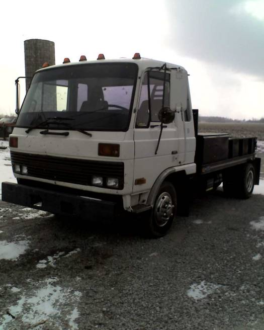 1988 nissan ud 1800 4 000 or best offer 100088138 custom full size truck classifieds full. Black Bedroom Furniture Sets. Home Design Ideas