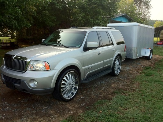 2004 lincoln navigator on 26s 14 800 possible trade. Black Bedroom Furniture Sets. Home Design Ideas