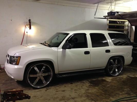 2001 Chevrolet Tahoe On 28s 10000 100630732 Custom Show Suv