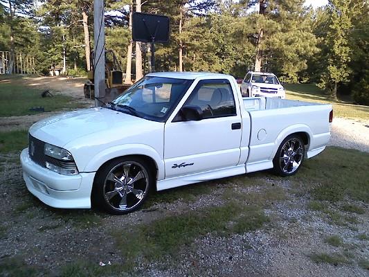 2000 Chevrolet s10 extreme on 20s 5500  100253116  Custom