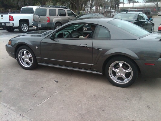 2003 Ford Mustang $4,000 Possible trade - 100362090 ...