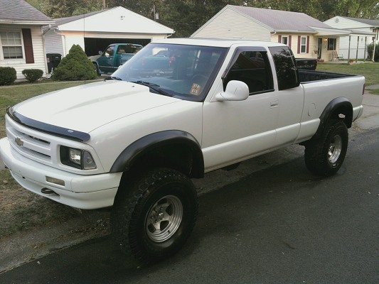 1996 Chevrolet S10 Lifted On 33s 1 Possible Trade 100423971