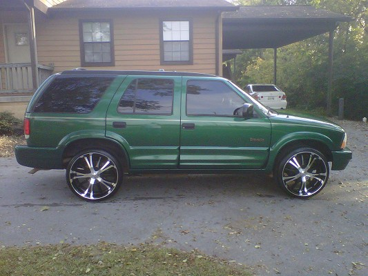 1999 Oldsmobile Bravada On 22s Or 24s 6500 Possible Trade
