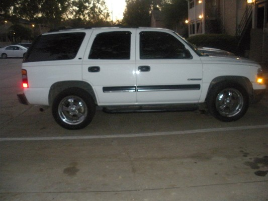 2001 chevrolet tahoe 1 possible trade 100355759 for 2001 chevy tahoe window motor