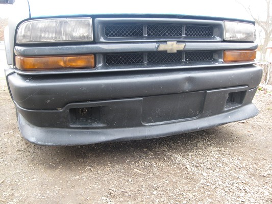98-04 S10 XTREME FRONT BUMPER/VALANCE/GRILL    $200 Possible