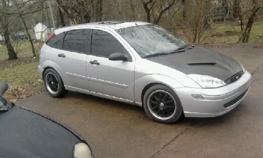 2002 ford focus zx5 hatch 5 000 possible trade. Black Bedroom Furniture Sets. Home Design Ideas