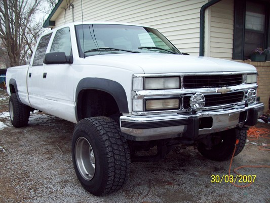 1998 gmc 3500 turbo diesel 4wd $5,500 Possible trade