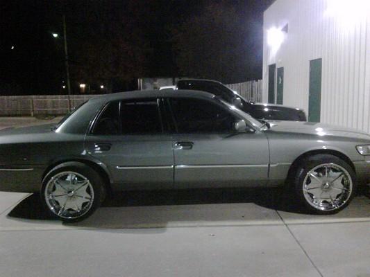 2000 Mercury Grand Marquis On Rims