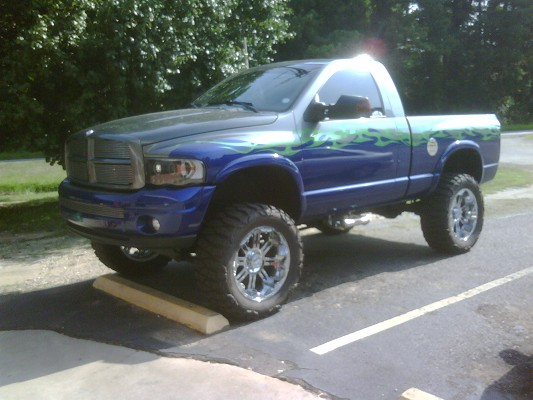 2004 dodge ram 1500 16 900 possible trade 100311970 custom lifted truck classifieds. Black Bedroom Furniture Sets. Home Design Ideas