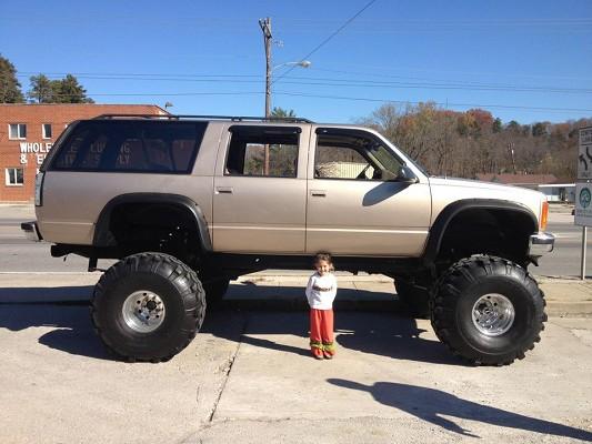Lifted Suburban For Sale >> 1992 Chevrolet Suburban 12 000 100542234 Custom Lifted Truck