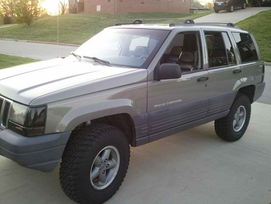 1996 jeep grand cherokee laredo $4,000 possible trade - 100479112