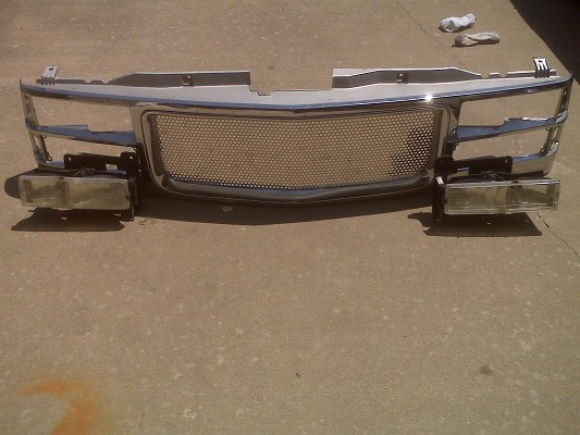 88 98 chevy gmc 1500 custom grill with headlights 25 or best offer