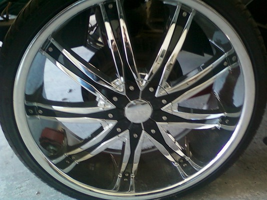 22 inch elure rims fits s10 1 800 possible trade 100384247
