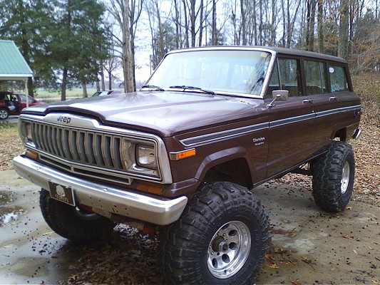 1983 jeep cherokee 10 000 possible trade 100362042. Black Bedroom Furniture Sets. Home Design Ideas