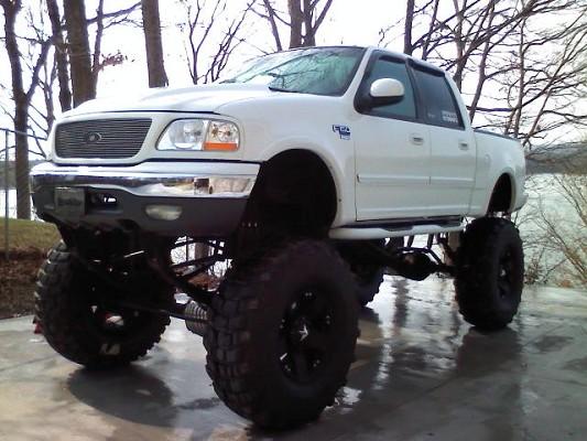 Custom Lifted Ford F150 Trucks