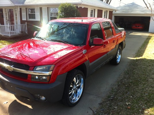 2003 Chevrolet Avalanche on 24s 11500 Possible Trade  100565881