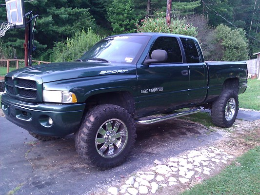 1999 Dodge Ram 2500 $9,000 - 100415457 | Custom Lifted Truck Classifieds | Lifted Truck Sales