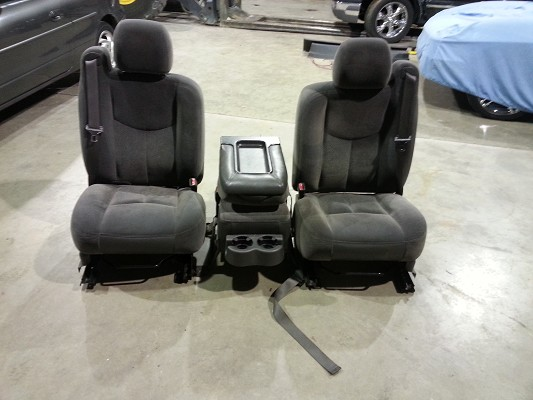 Groovy Split Bench Seat 03 07 Chevy Silverado 350 Or Best Offer Caraccident5 Cool Chair Designs And Ideas Caraccident5Info