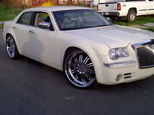 chrysler 300 grill rolls royce style 200 or best offer 100513461 custom grill classifieds. Black Bedroom Furniture Sets. Home Design Ideas