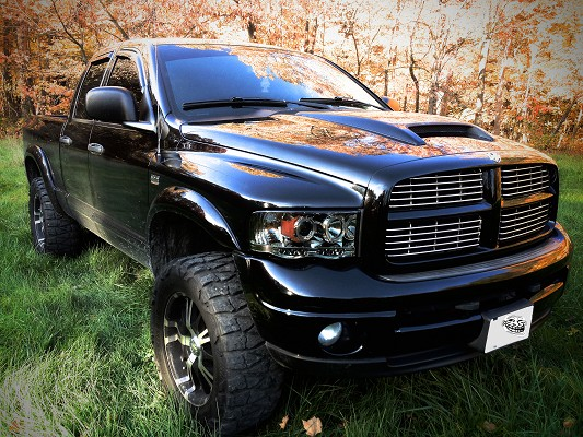 2004 dodge ram 1500 17 000 100526275 custom lifted truck classifieds lifted truck sales. Black Bedroom Furniture Sets. Home Design Ideas