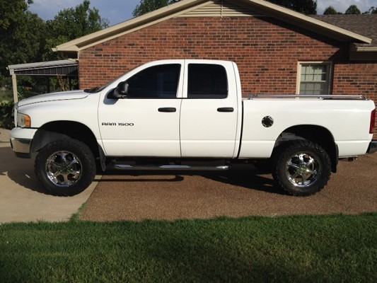 2003 dodge ram 1500 12 000 possible trade 100519377 custom lifted truck classifieds. Black Bedroom Furniture Sets. Home Design Ideas