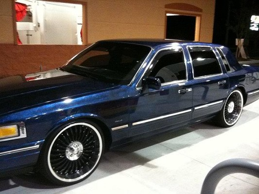 1996 Lincoln Town Car 1 Possible Trade 100533847