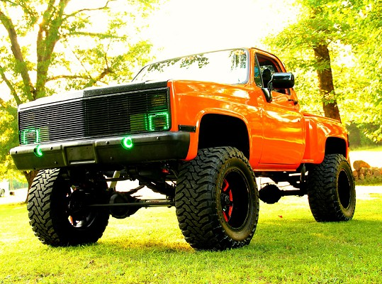 Custom Lifted Chevy K10 539 x 400