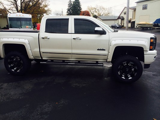2014 Chevrolet High Country 70 000 Or Best Offer