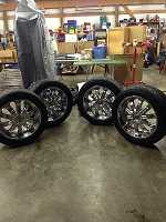 """6 lug 22"""" TIS rims w/ nitto 420s 305/45r22 tires"""
